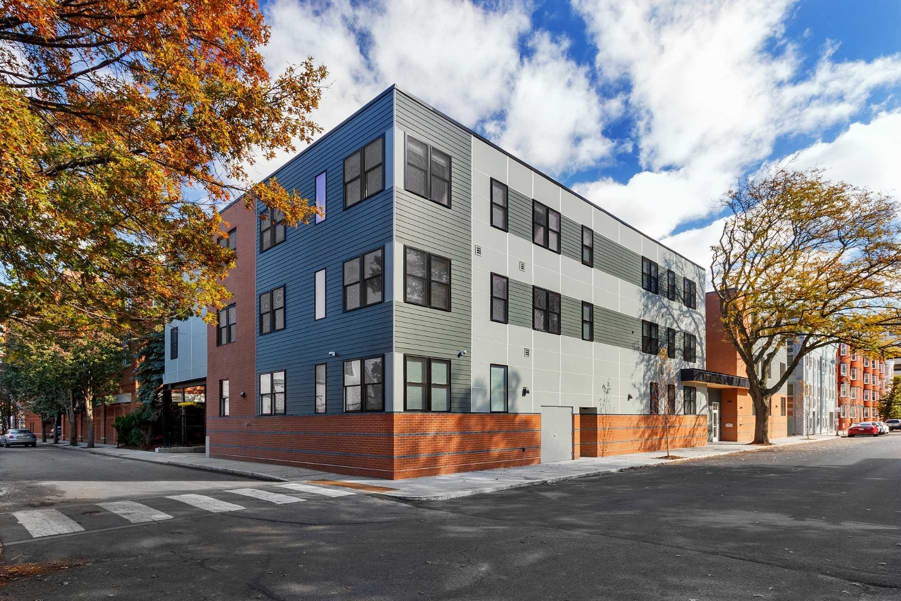 2-CapstoneCommunities-property-PortLanding-Cambridge.jpg