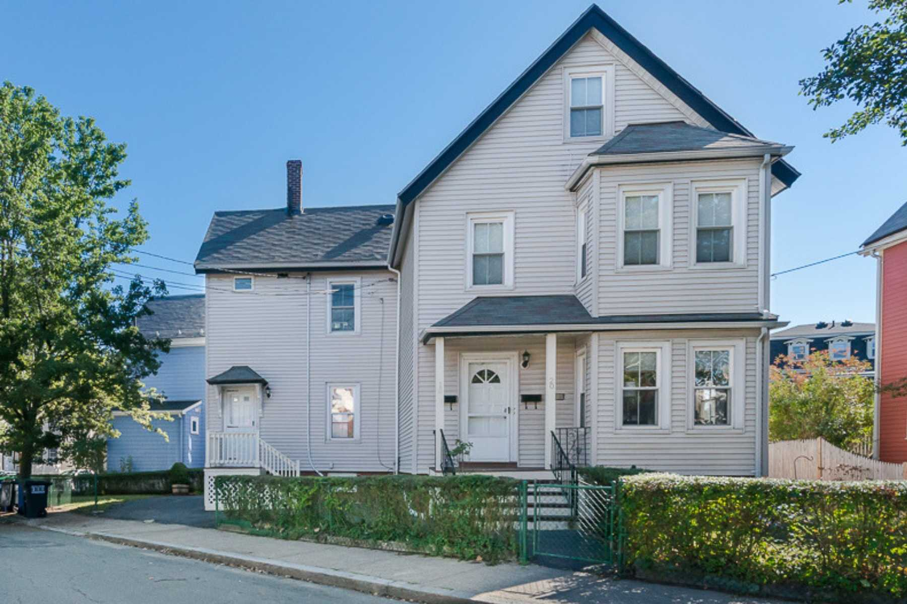 1-CapstoneCommunities-property-Dickinson-Street-Apartments-Somerville.jpg