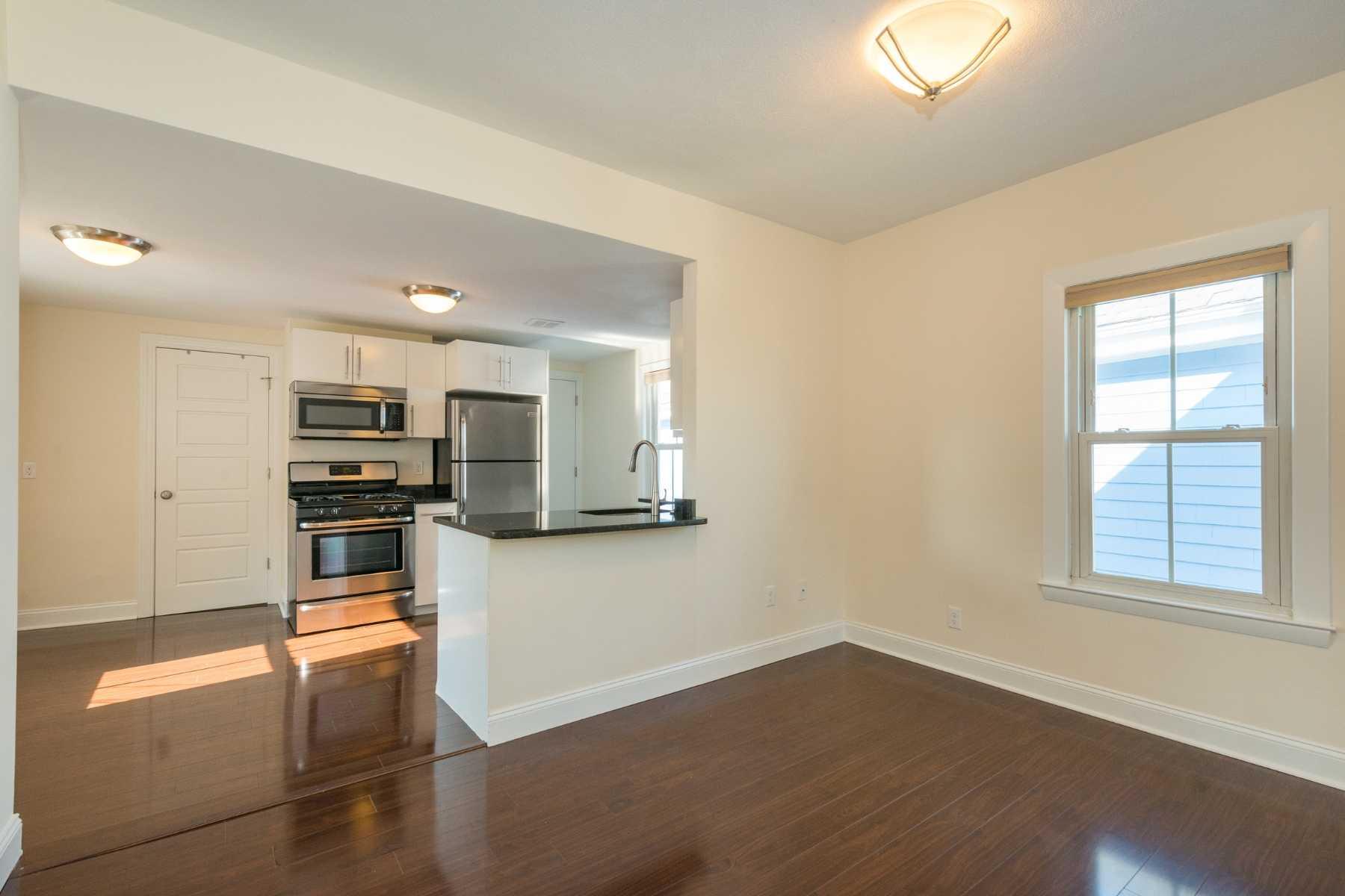 4-CapstoneCommunities-property-Dickinson-Street-Apartments-Somerville.jpg