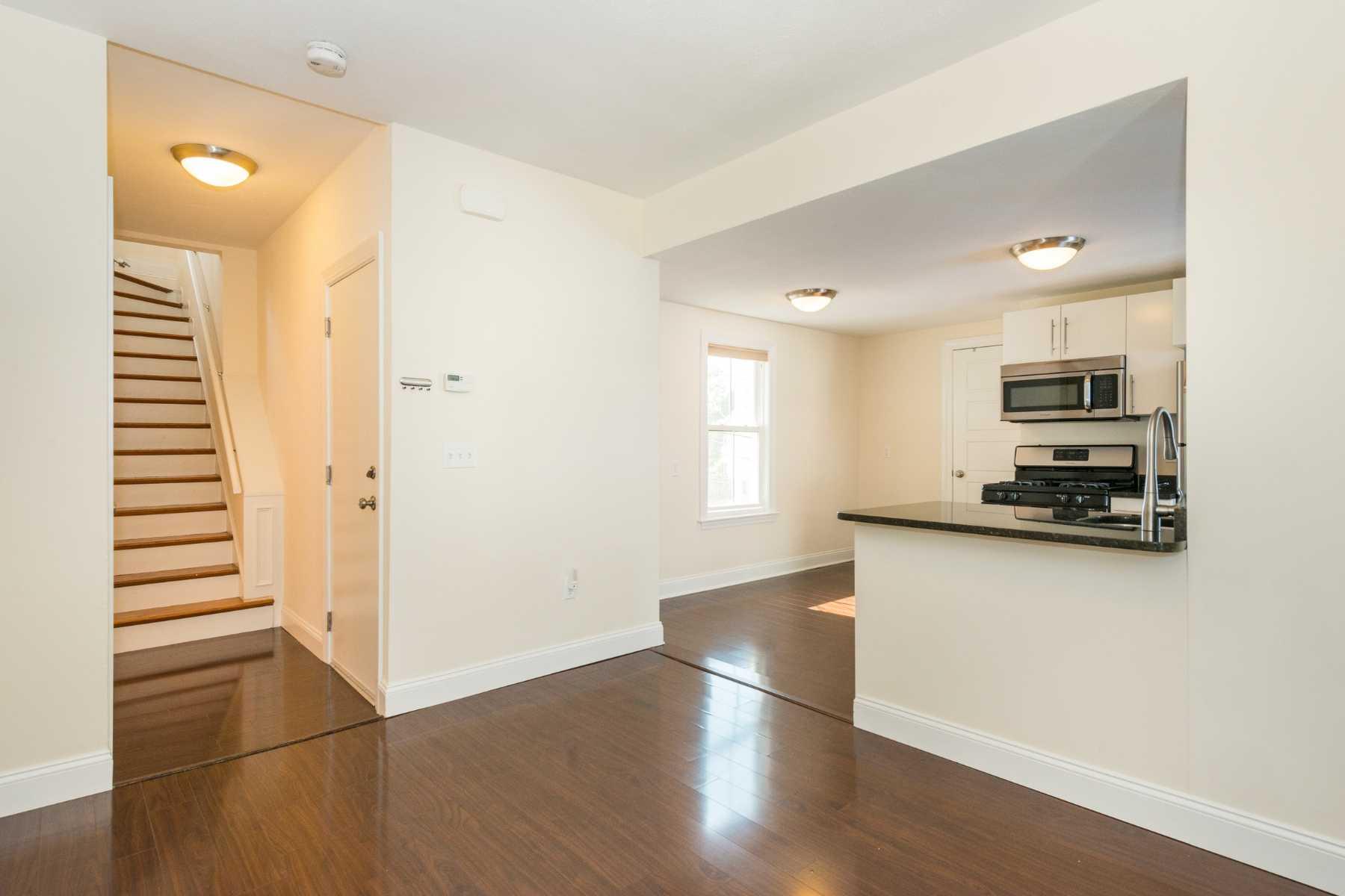 6-CapstoneCommunities-property-Dickinson-Street-Apartments-Somerville.jpg