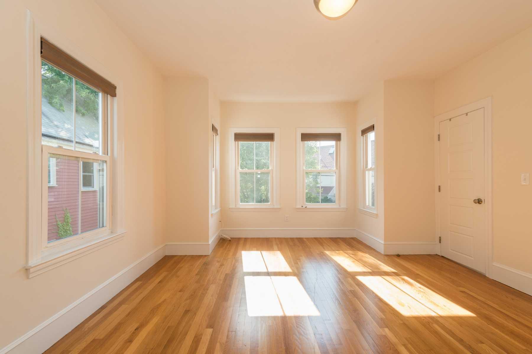 8-CapstoneCommunities-property-Dickinson-Street-Apartments-Somerville.jpg