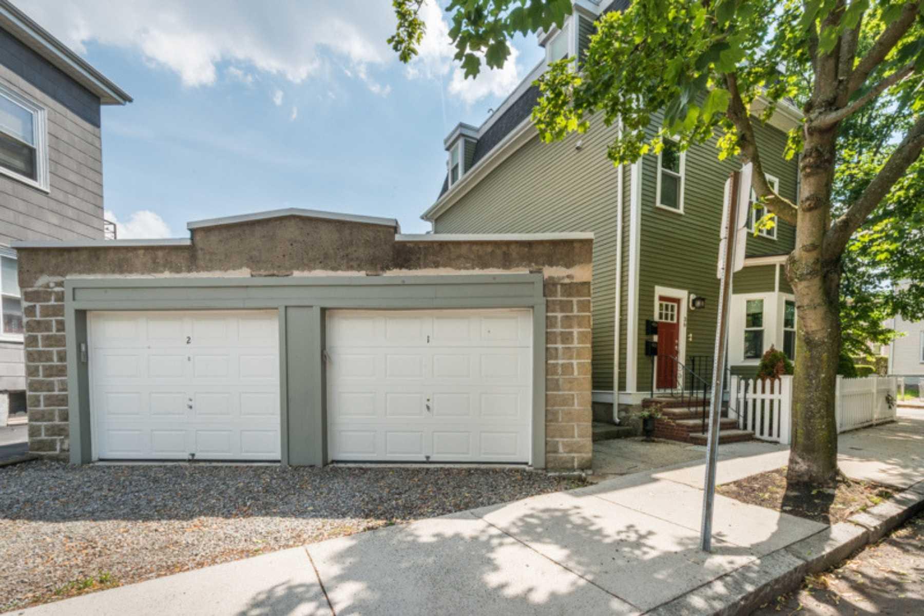 3-CapstoneCommunities-property-OakStreetCondominiums-Somerville.jpg