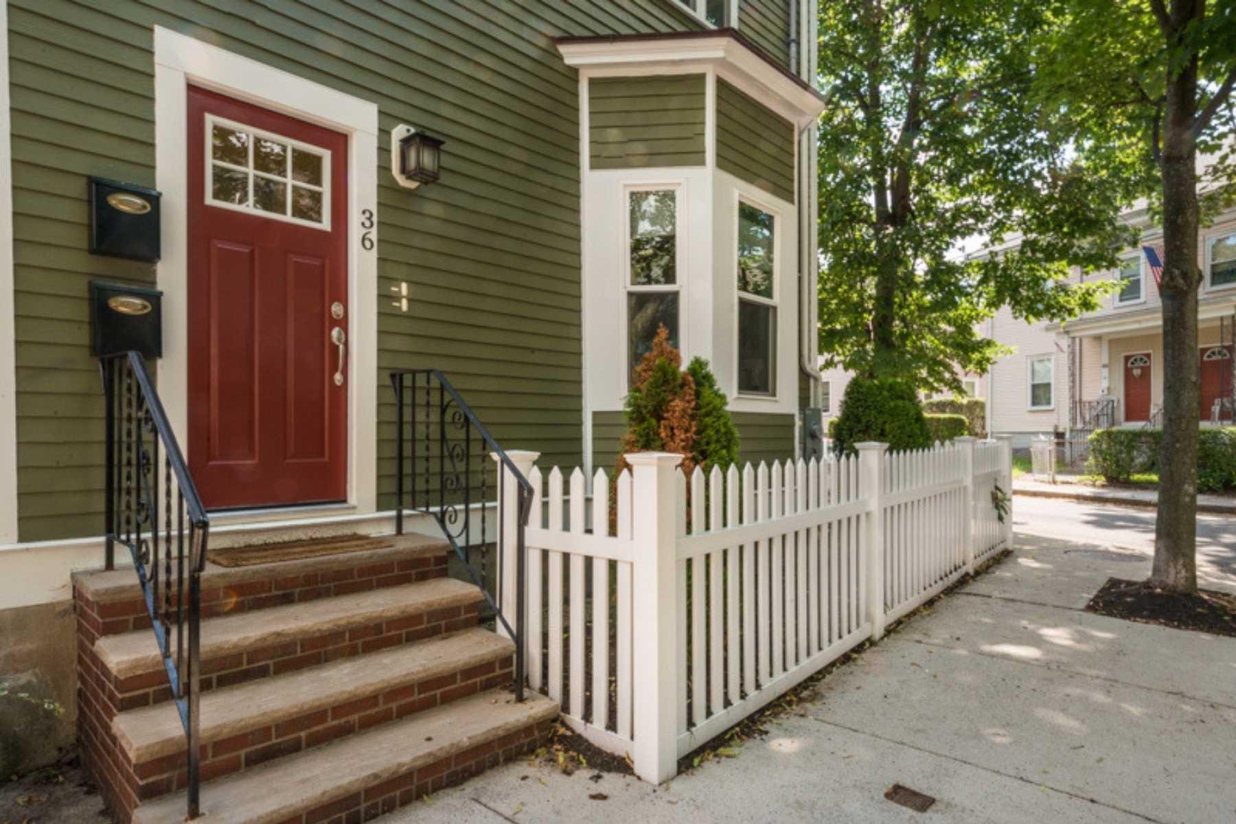 4-CapstoneCommunities-property-OakStreetCondominiums-Somerville.jpg