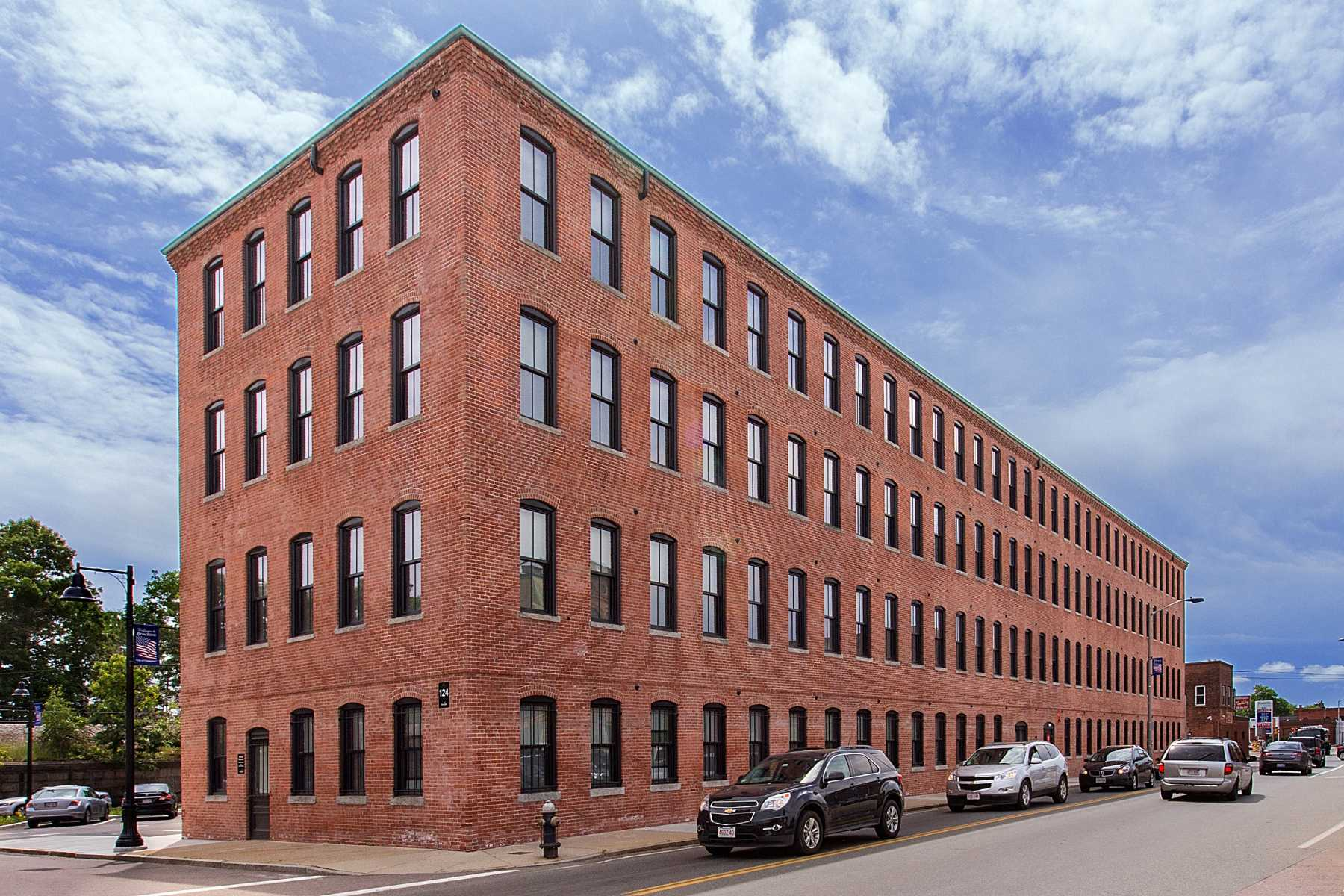 Station Lofts - 25 Mixed-Income Apartment Homes in Brockton, MA
