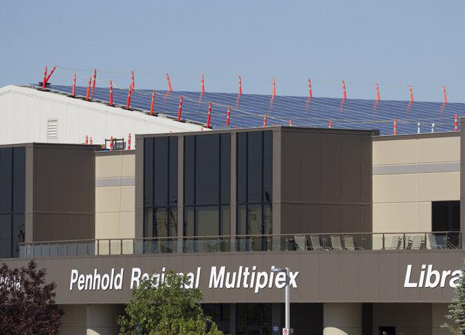 penhold-solar-panels-2.jpg