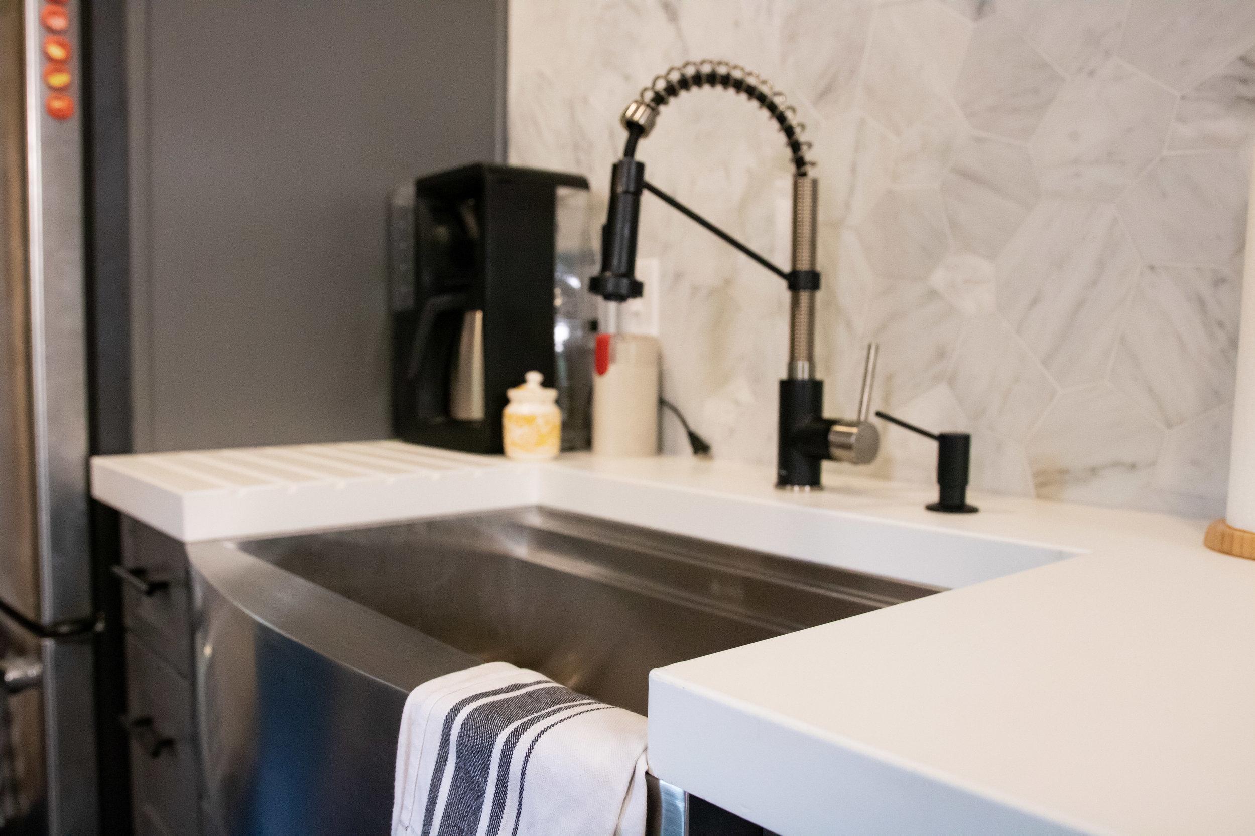 5300-countertop-kitchen-8.jpg