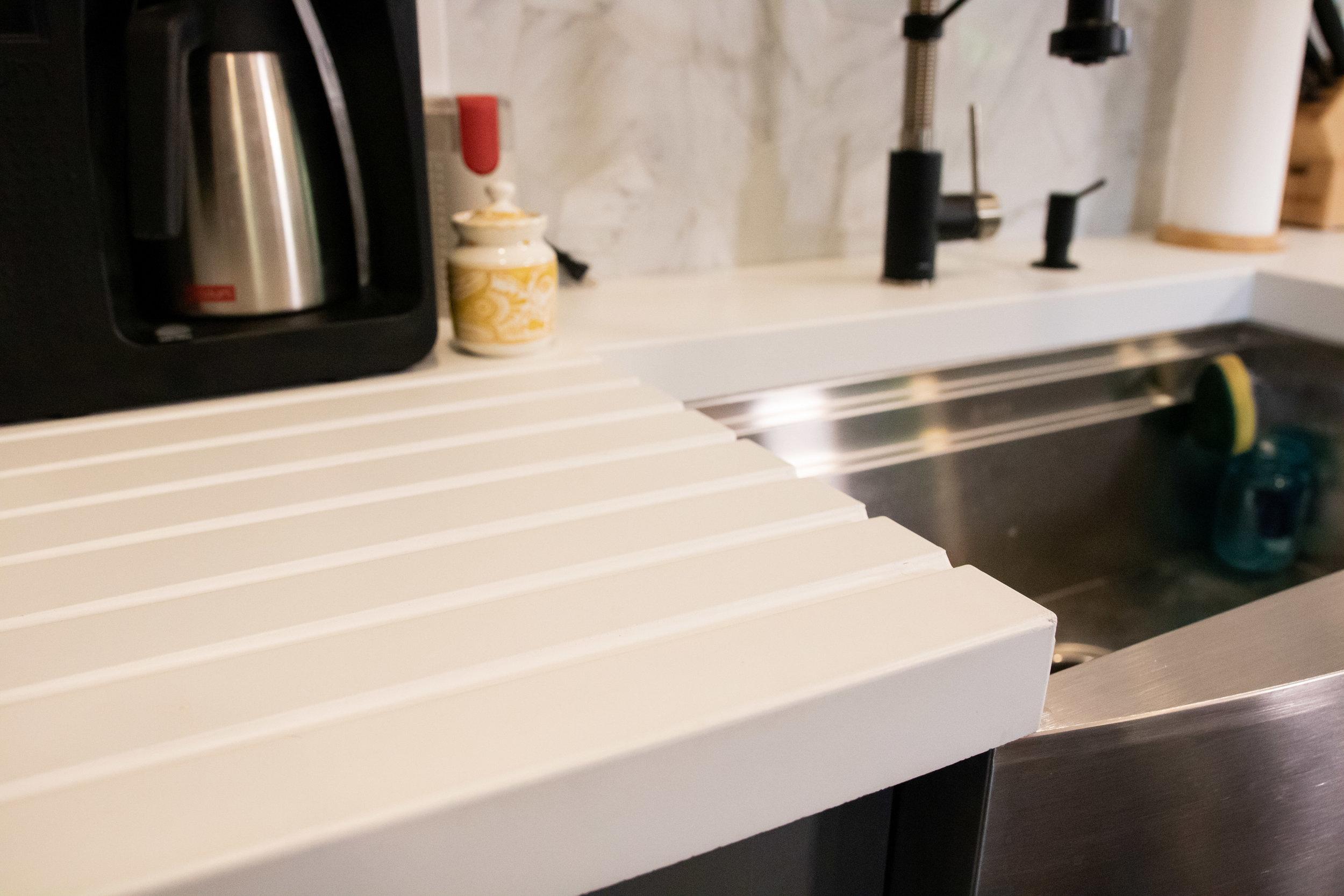 5300-countertop-kitchen-6.jpg