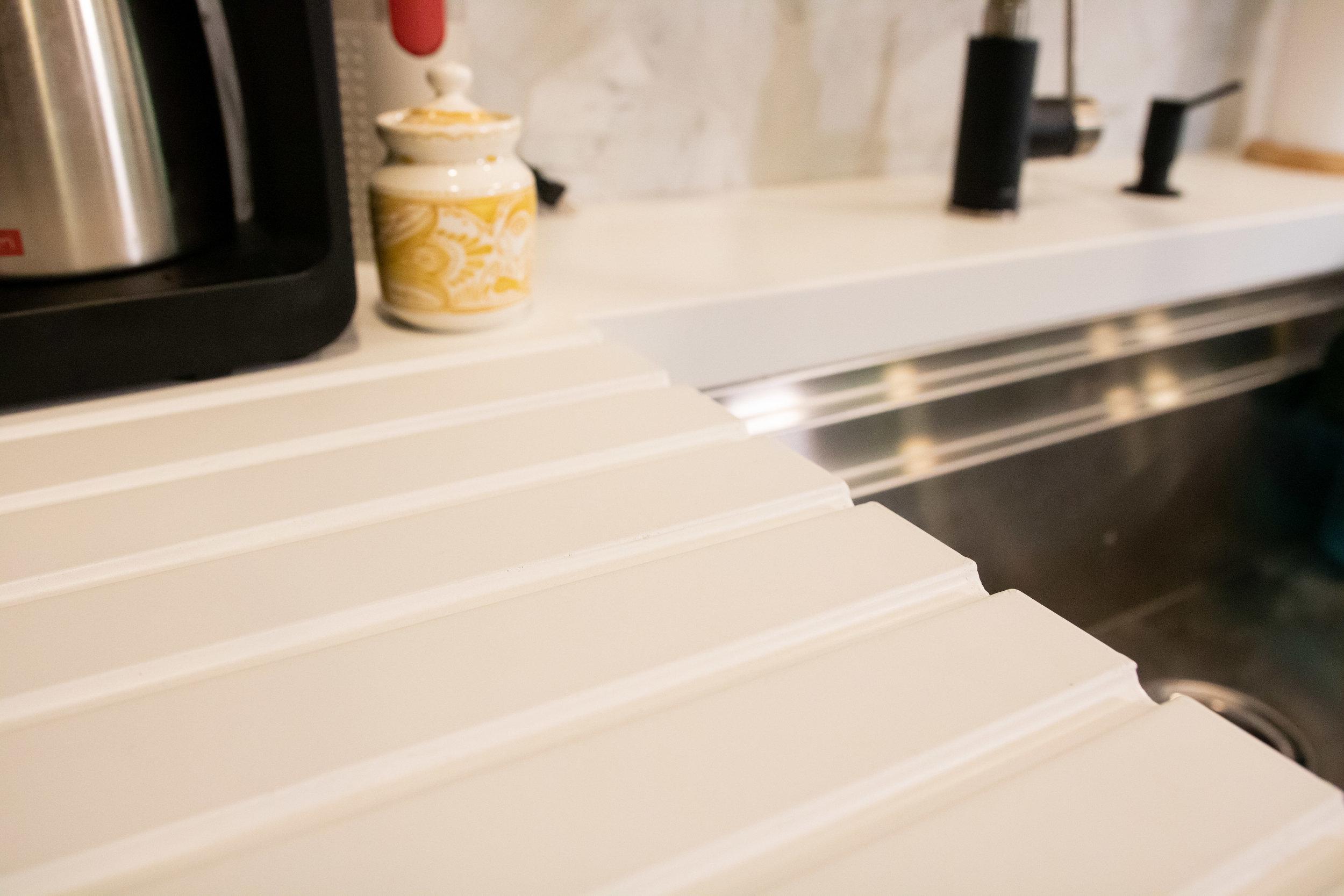 5300-countertop-kitchen-11.jpg