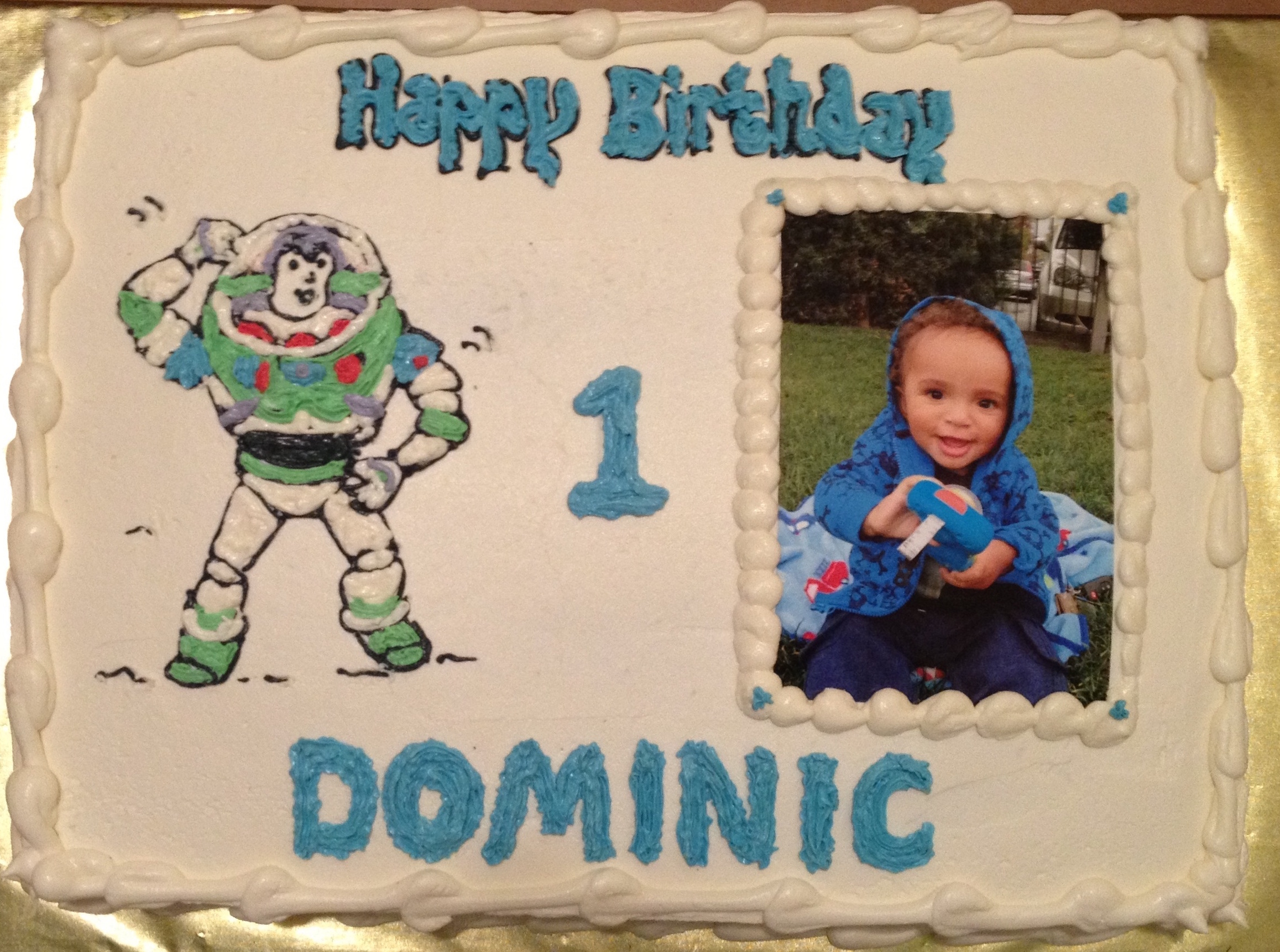 Birthday cake with photo.Dominic.Buzz.jpg