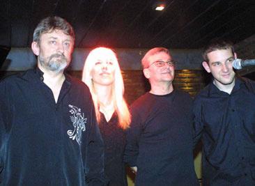 "Singing with the Jagodzinski Trio at ""Jazz Voyeur"" Buenos Aires"
