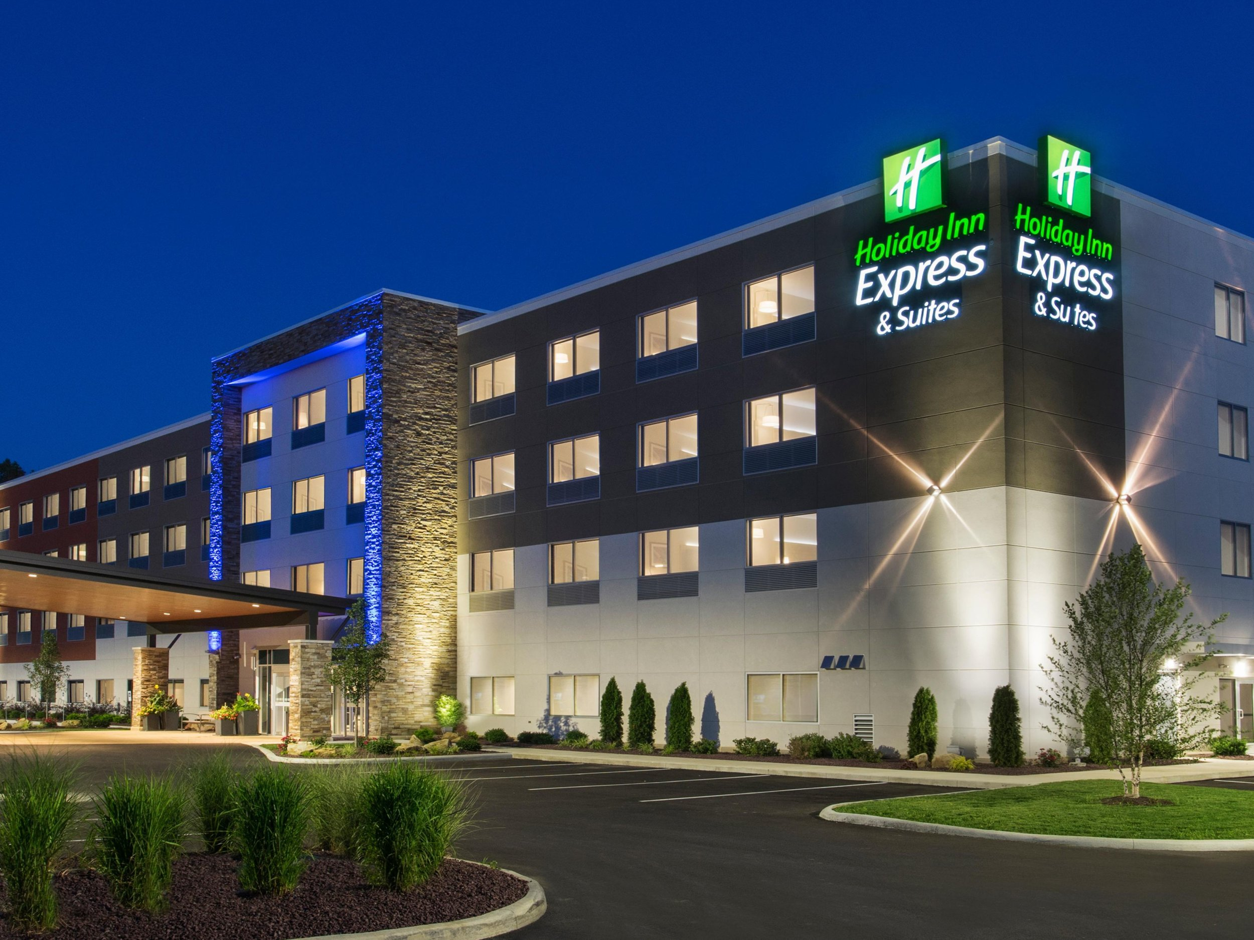 holiday-inn-express-and-suites.jpg