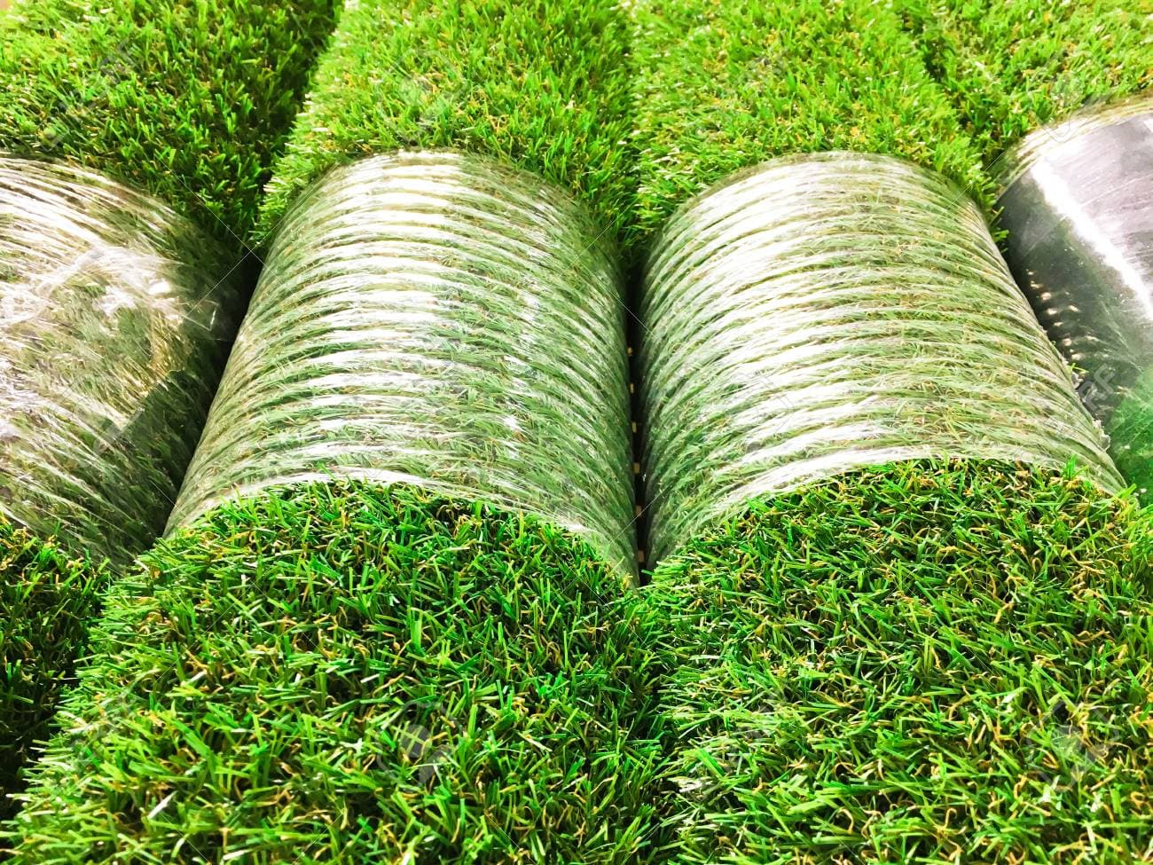 wholesale synthetic grass home page (1).jpg