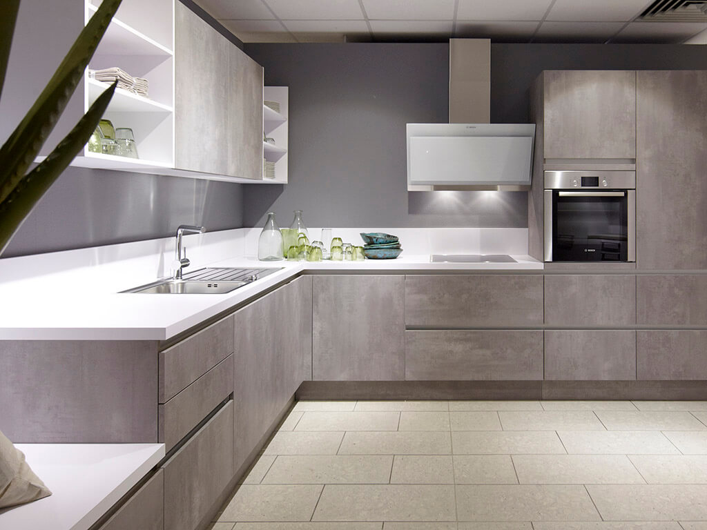 SchröDer - German engineering is well known for its high quality and pleasing aesthetic. Renowned for their ergonomics and attention to detail, German kitchens are perceived as the best in the world.