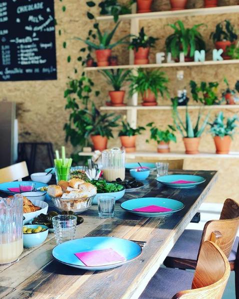 Flink Cafe Bar Plates Seating.png