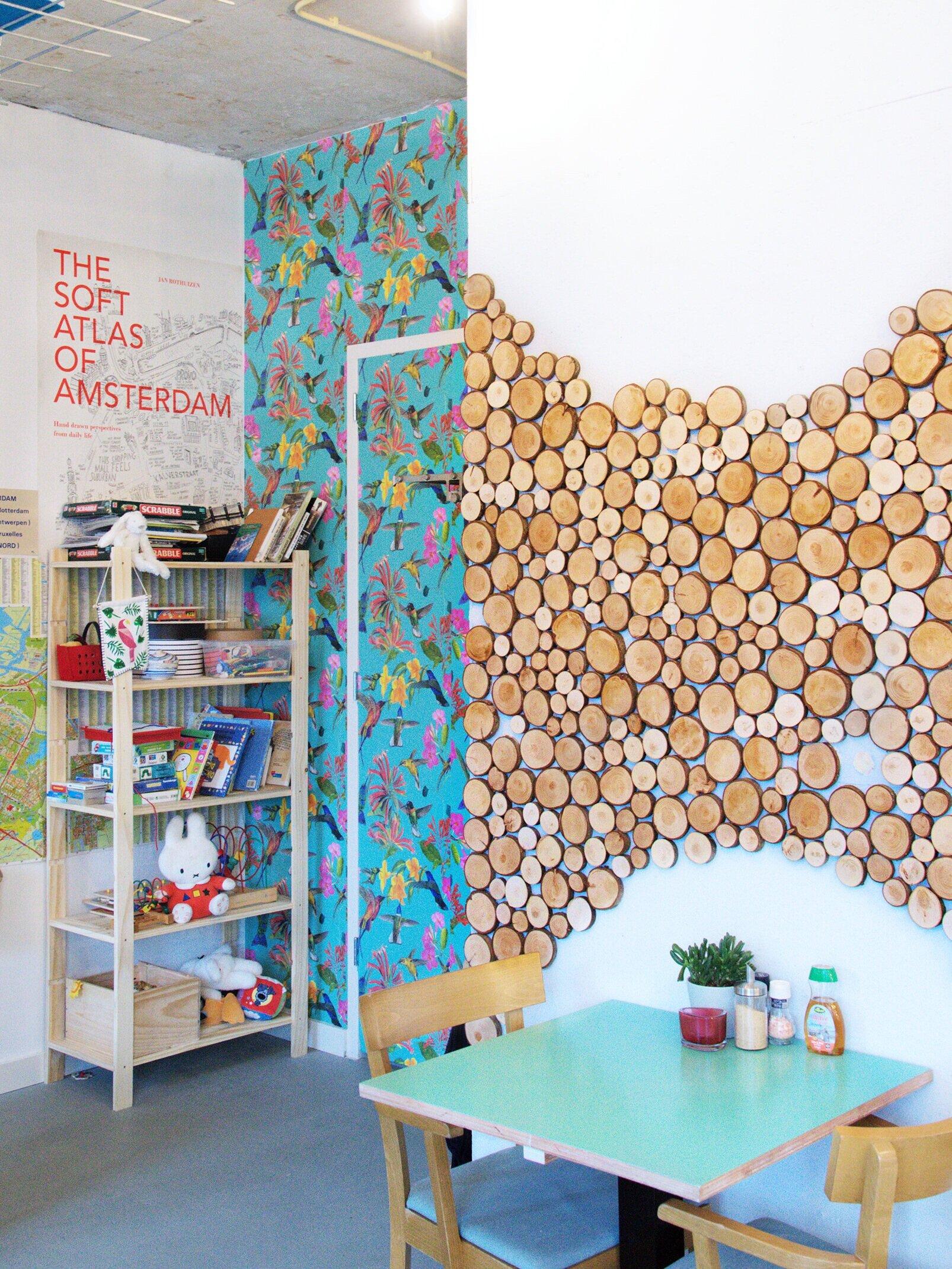 Flink-wood-wall-entrance-table.jpg