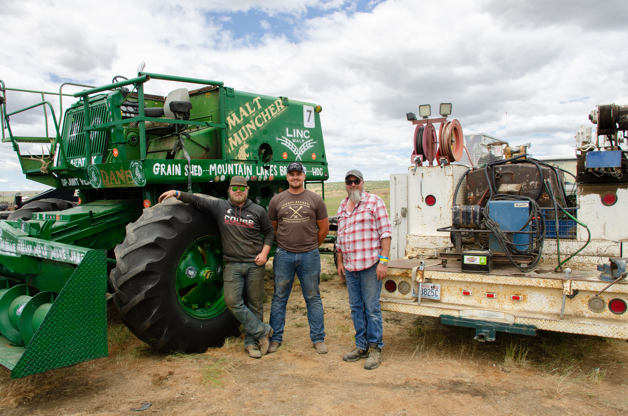 Wahl family and MJW Grain at the Lind Combine Demo Derby