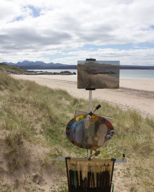 #pleinair #beach #painting #Torridon #Munroes in background, Big sands beach near #Gairloch #WesterRoss #Scotland, much changing light to fight with! not to mention wind and sand!