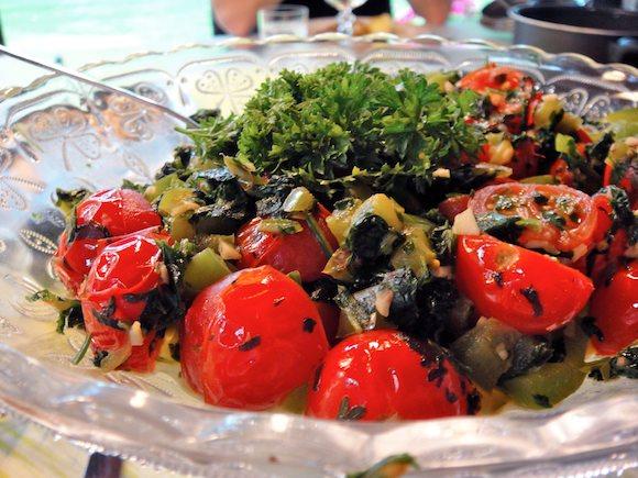 tomaattisalaatti.jpg