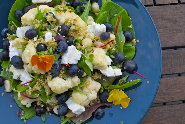 quinoa_kukkakaalisalaatti.jpg