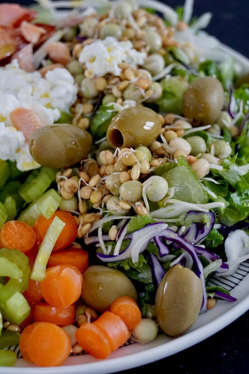 buddhabowl-salaatti-1.jpg