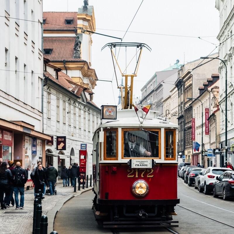 TRANSPORT+IN+PRAGUE.jpg