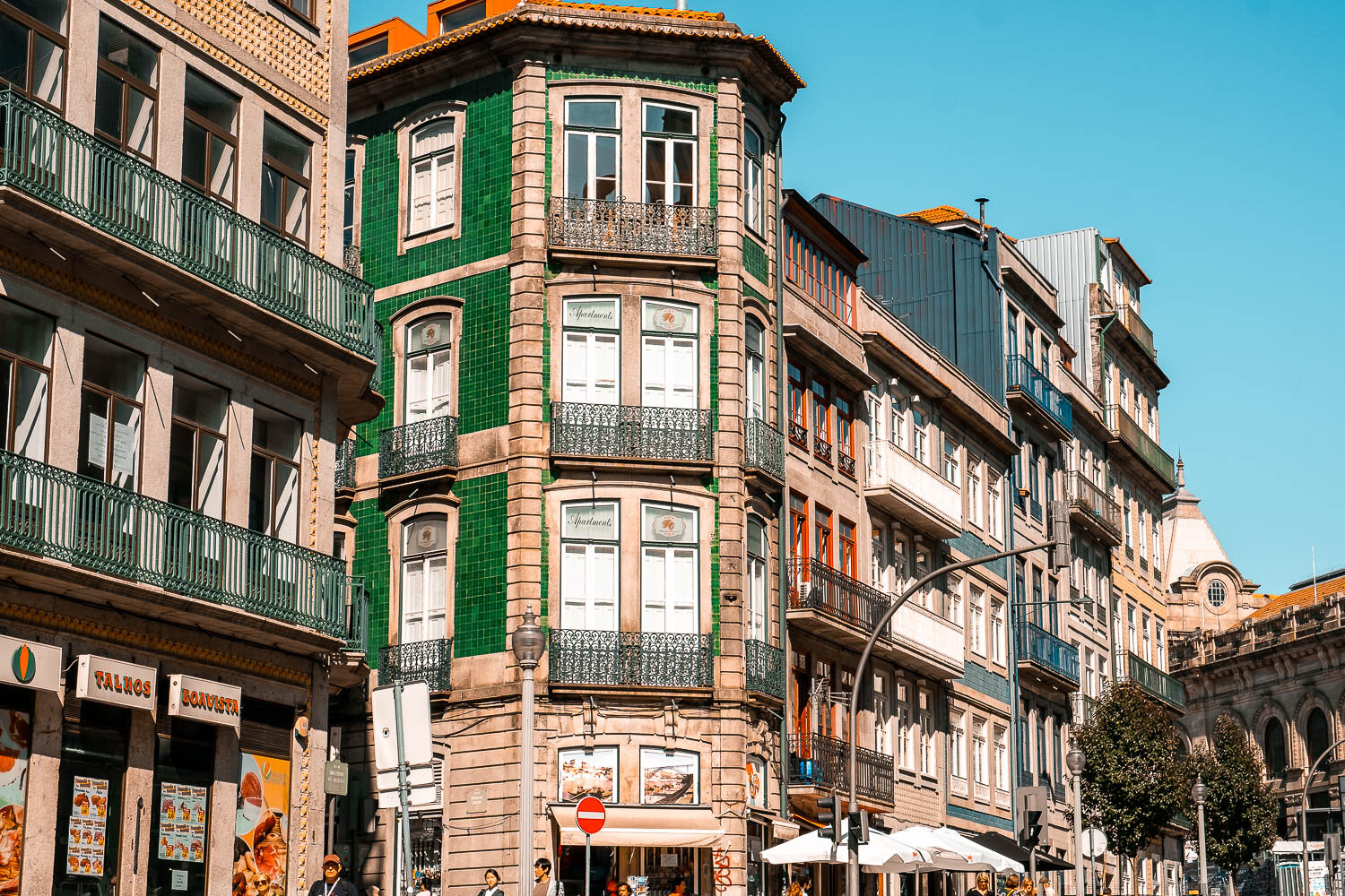 Where to stay in Porto Portugal.jpg