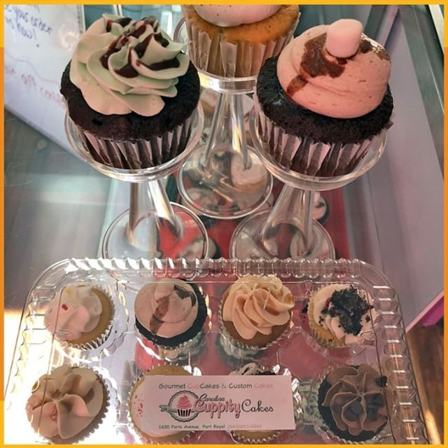"We're happy to welcome Carolina Cuppitycakes as one of our #HHF2019 featured vendors! ""Cupcakes Cake pops."" Join us for two days of RIDES, FOOD, MUSIC, FAMILY FUN and MORE on OCT 19+20, 10a-6p https://habershamharvestfest.com #WonderFALL #HarvestFestival #BeaufortSC"