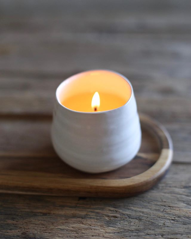 Just in! White Pine is a woodsy, refreshing, true to life pine, infused with natural essential oils. 7oz of natural soy wax. Burn time is approximately 40 hours.