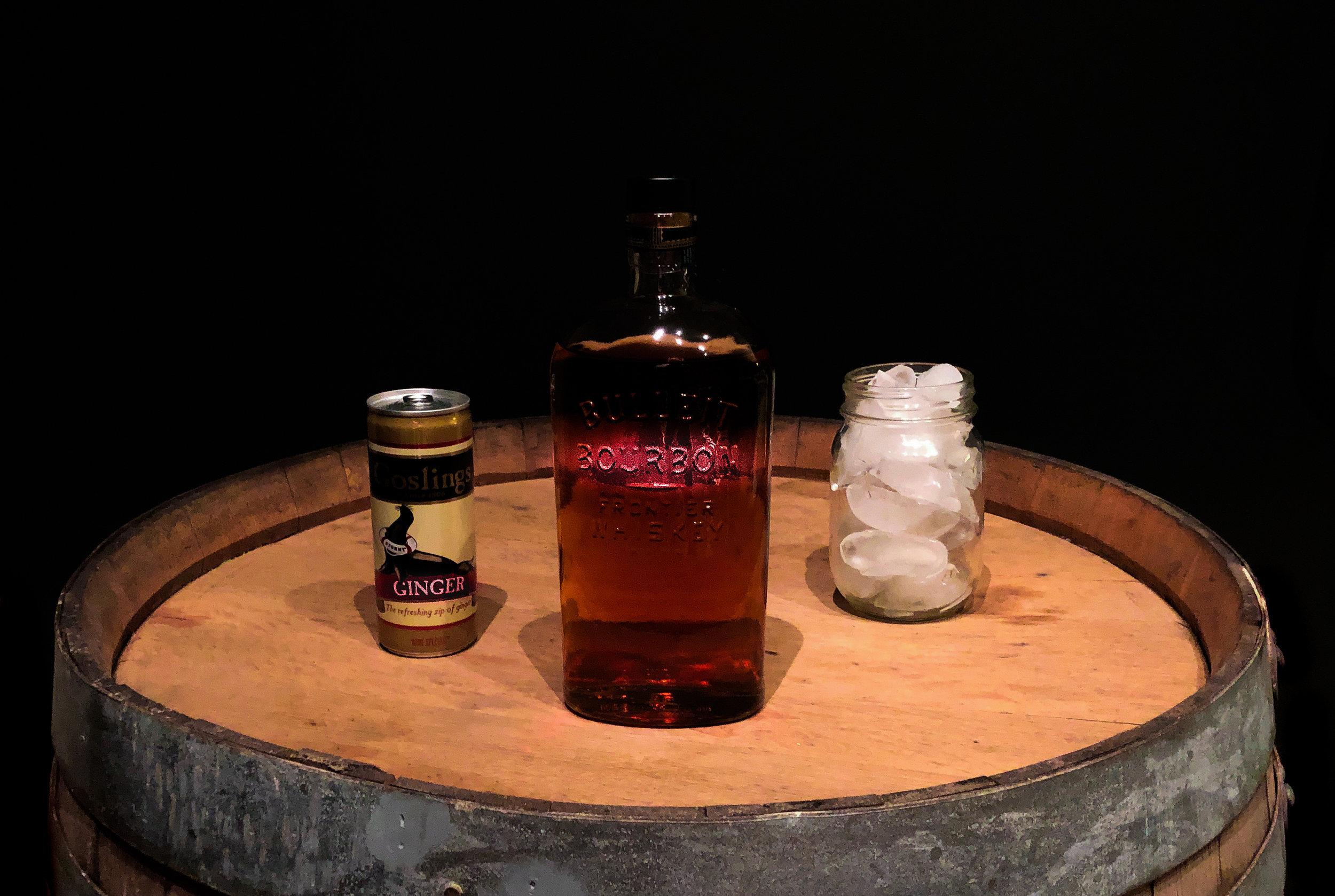 Gueule de bois - 1 part bourbon2 parts ginger ale2 ice cubes