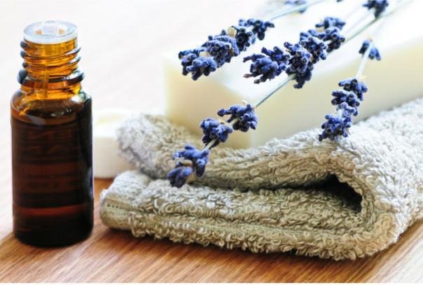 green sisters aromatherapy oils.jpeg