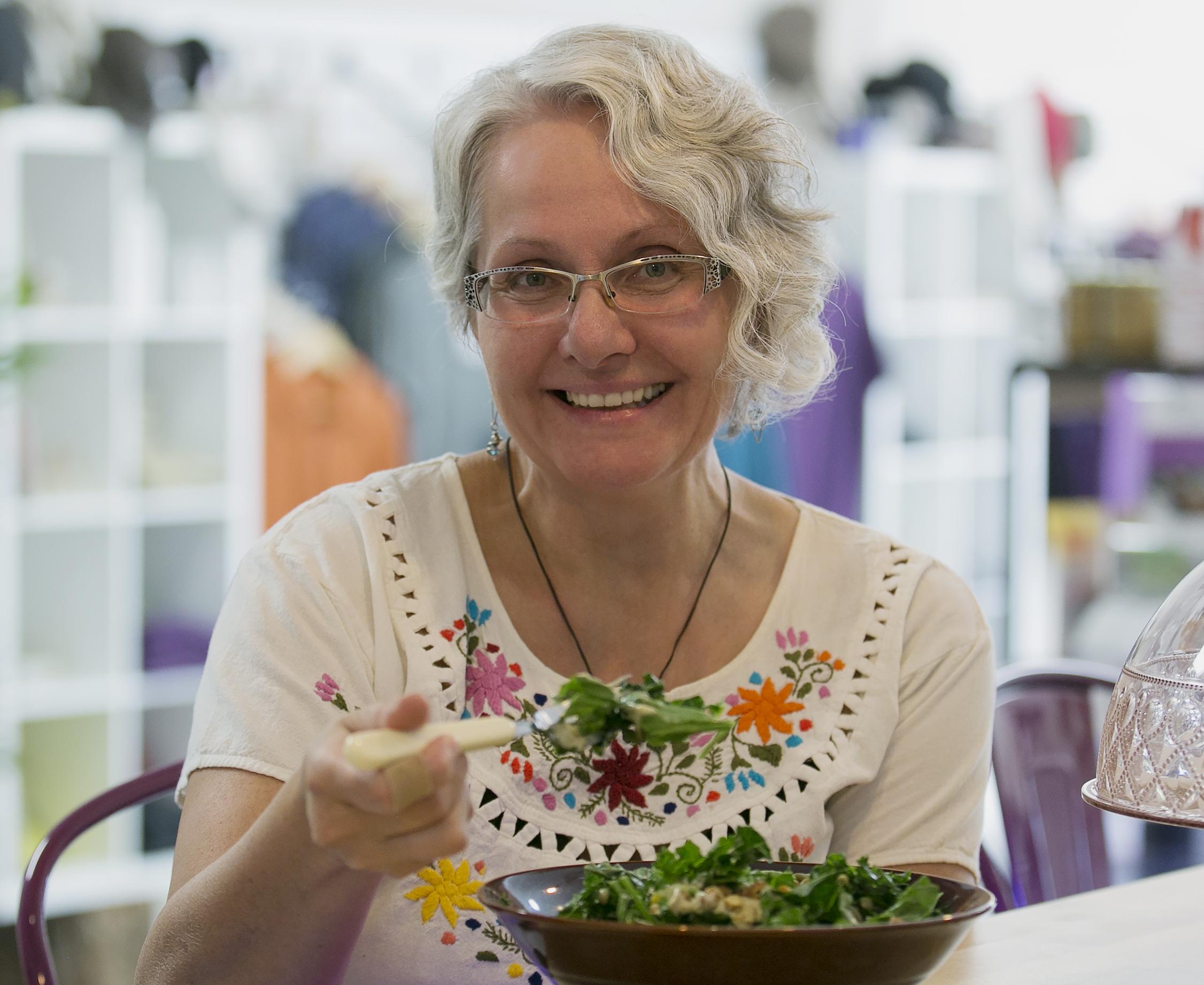Victoria Laine, Nutritionist