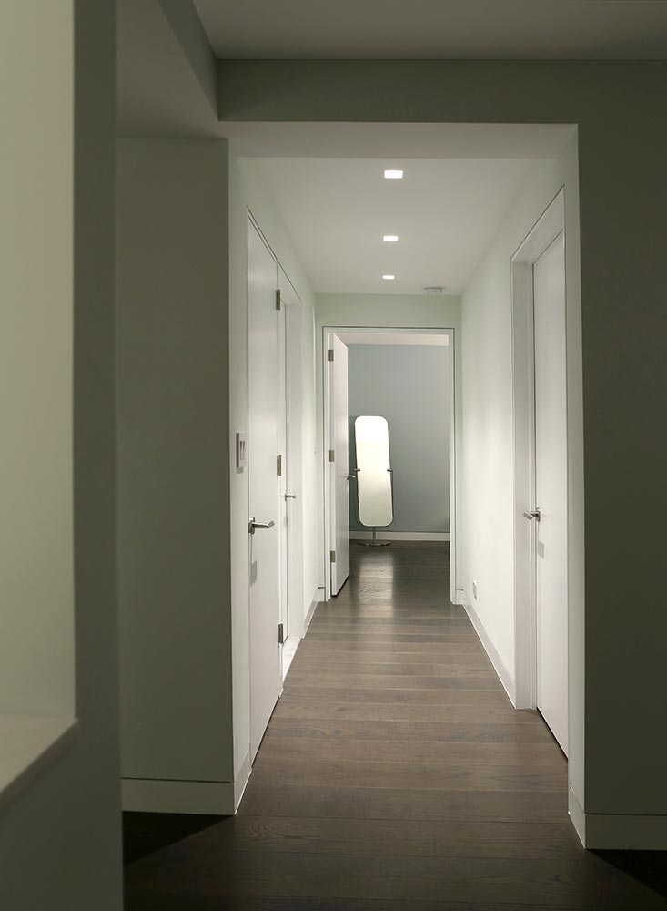 3-hallway.jpg