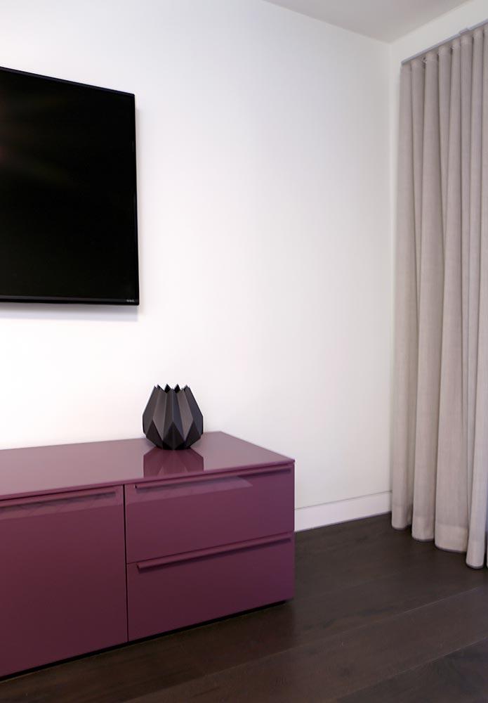 10-living-room-closeup.jpg