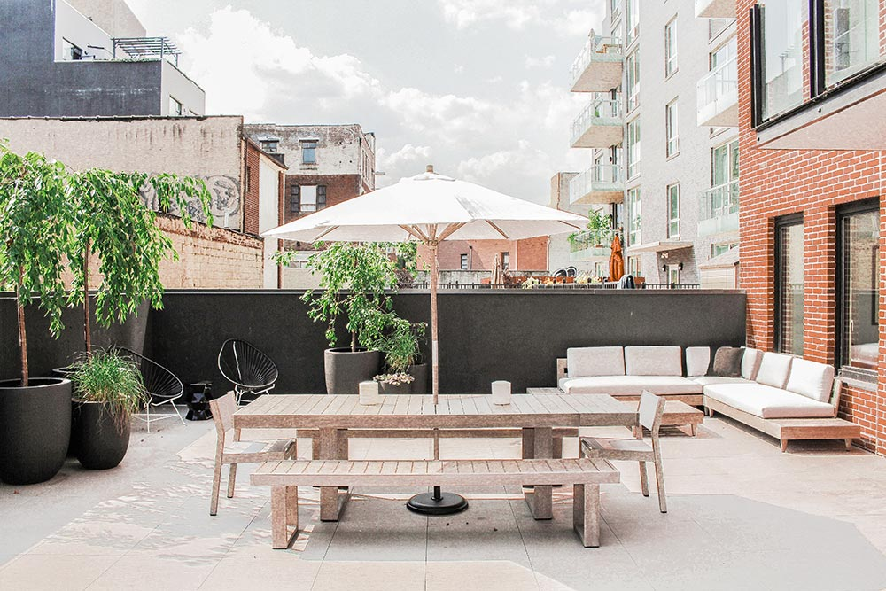 williamsburg rental patio -