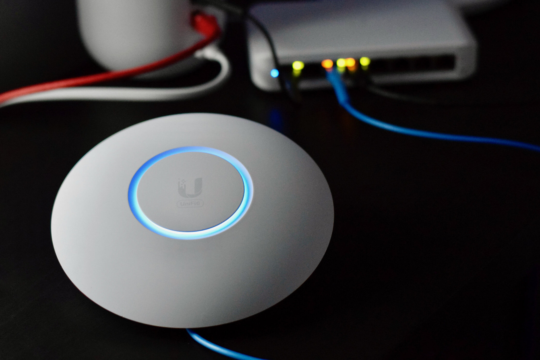 UniFi 6 Lite In-Depth Review and Speed Comparison