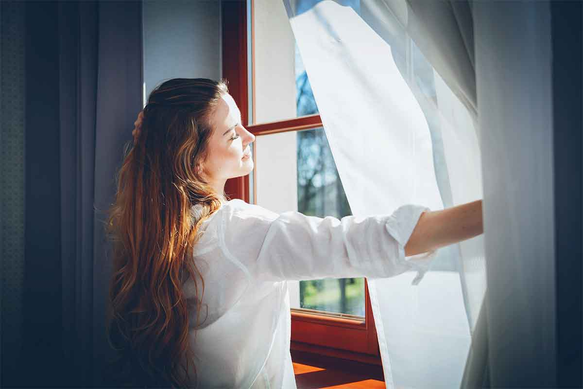 Double Hung Windows - Not sure where to begin? A window found in the typical American home is  called the double hung. They have two operating sash that move up and down allowing for ventilation on the top, bottom or both and lift open and tilt in for cleaning,
