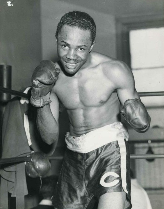 Harold Dade, one of the few men able to best Manuel Ortiz in a championship bout
