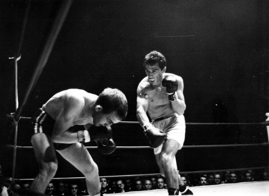 Eder Jofre vs. John Caldwell (1962, image credit: Boxrec)