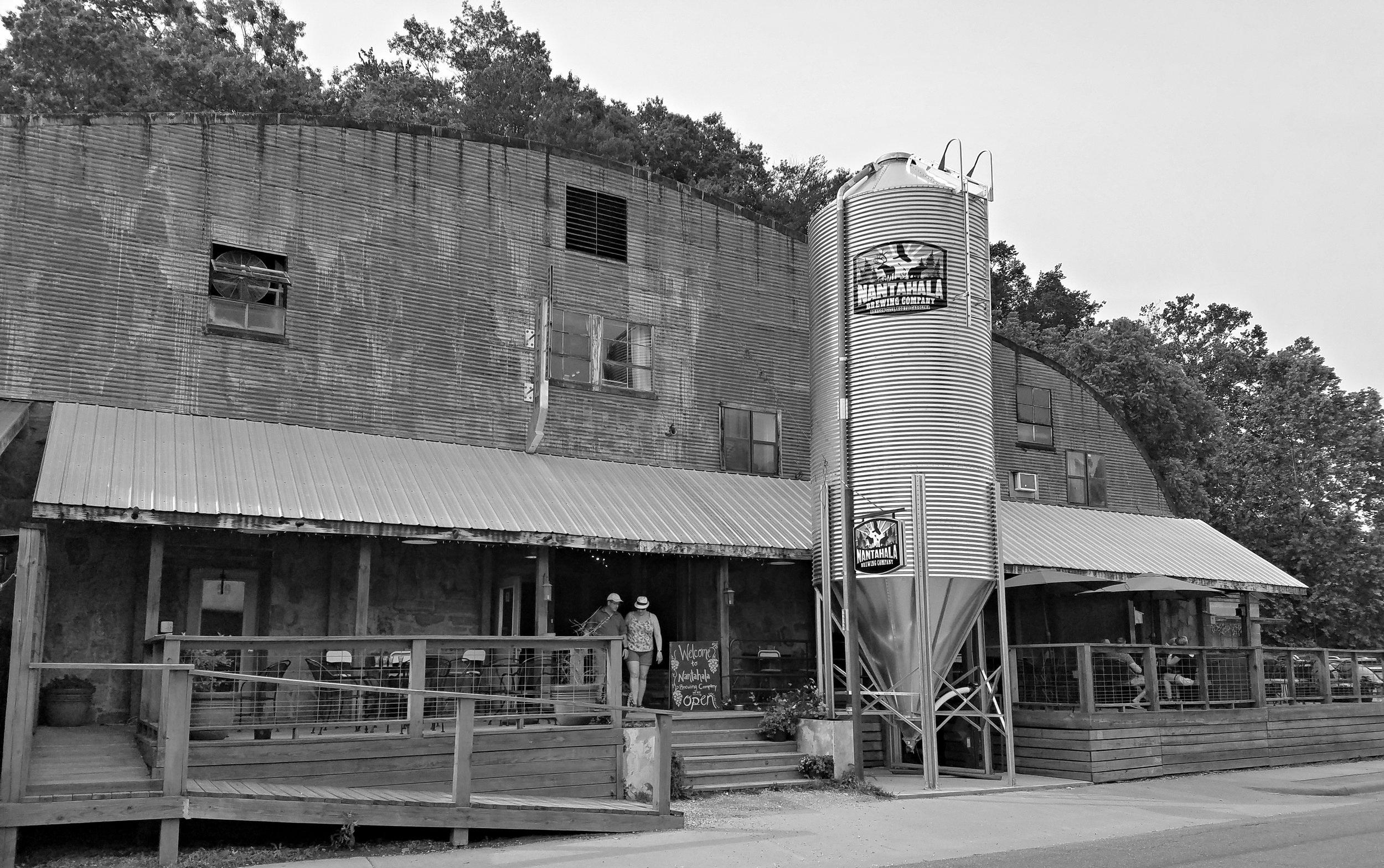 nantahala-brewing-company-bryson-city-tap-room.jpg