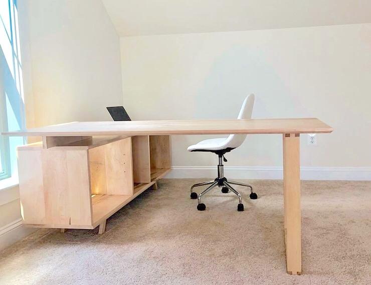 modern desk.JPG