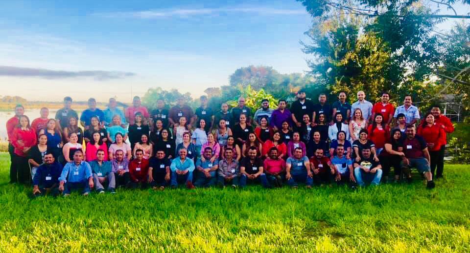 Foto de los 34 parejas participantes del Retiro #6 de MDS en la Diócesis de Venice, Florida.