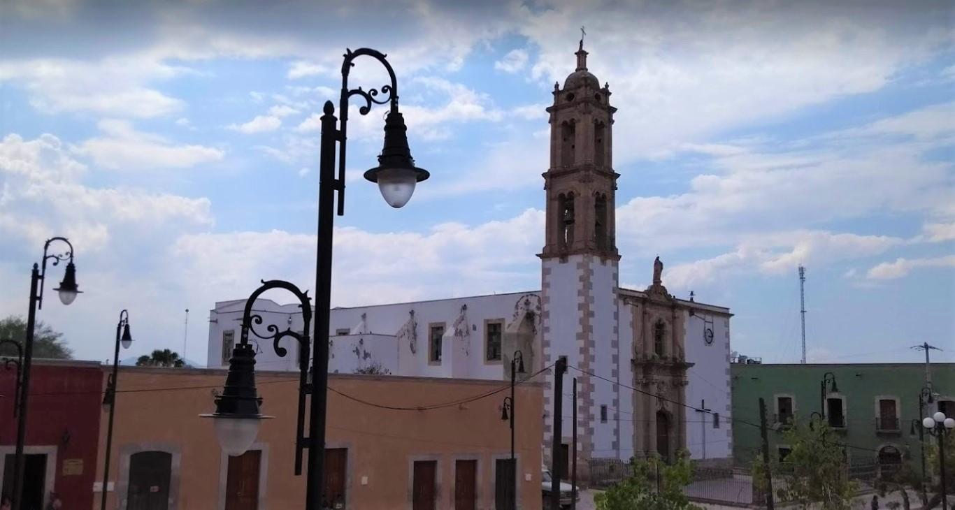 Parroquia Santiago Apostol - Durango, Mexico-2.jpg