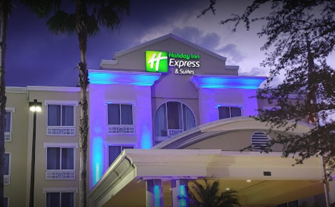 Hotel donde se celebró el retiro de parejas.