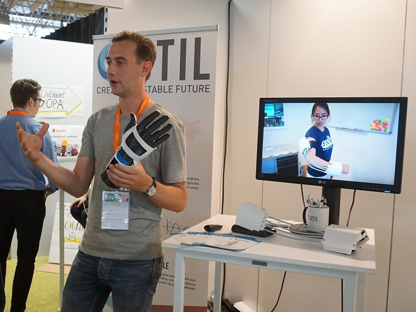 Happy Aging Day - October 2018STIL was presenting its device at the Happy Aging Day in Belgium; an event were health innovations for elderly people came together.