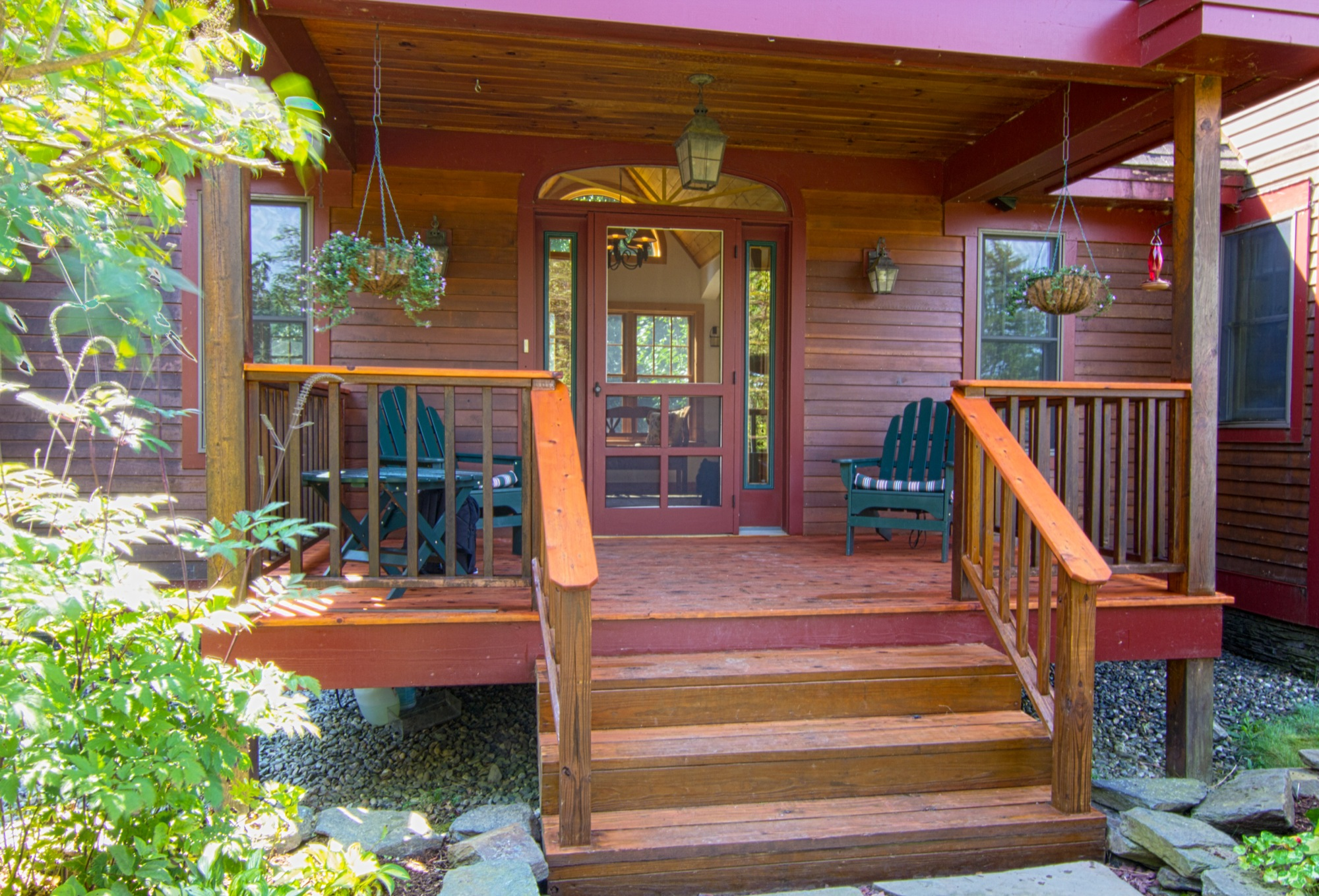 314 Campbell Rd - Front Porch.jpg