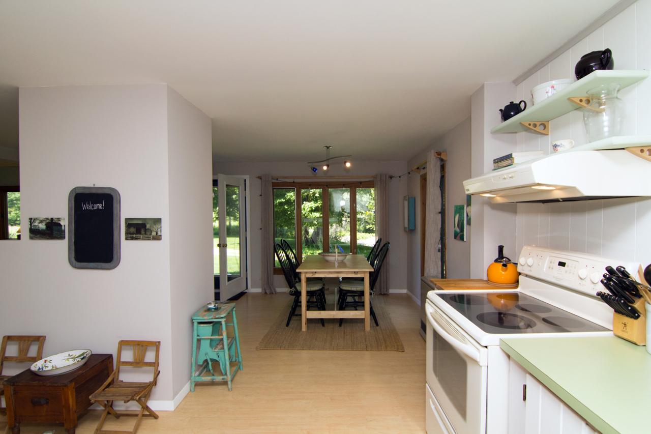 09-IMG_2069 Wodicka Zatz Kitchen to Dining.jpg