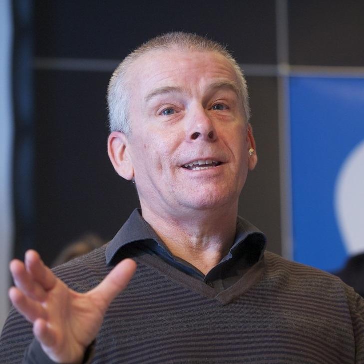 Dr Geoff Cox