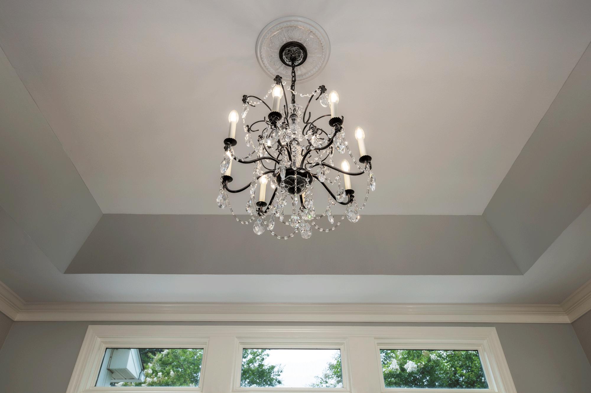 Interior decor & chandelier