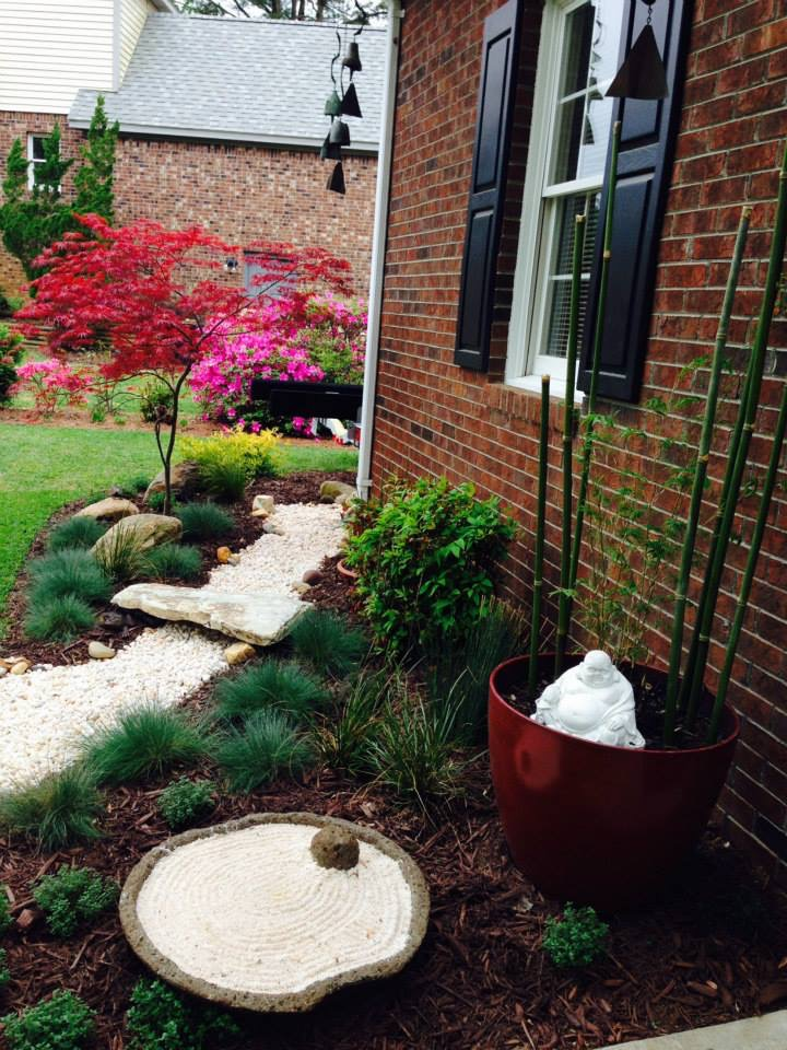 Landscape design with walkway and planters
