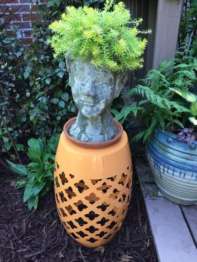 Bust/urn with fern container garden